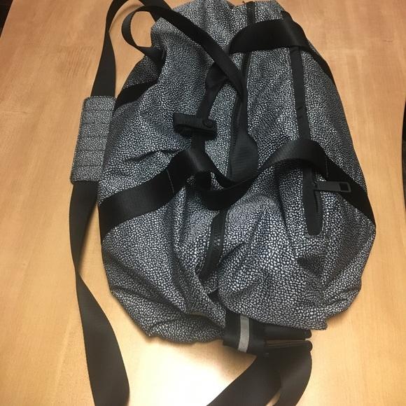 42ec5f060dca lululemon athletica Handbags - Lululemon Fast Track duffel bag blk white  EEEUC